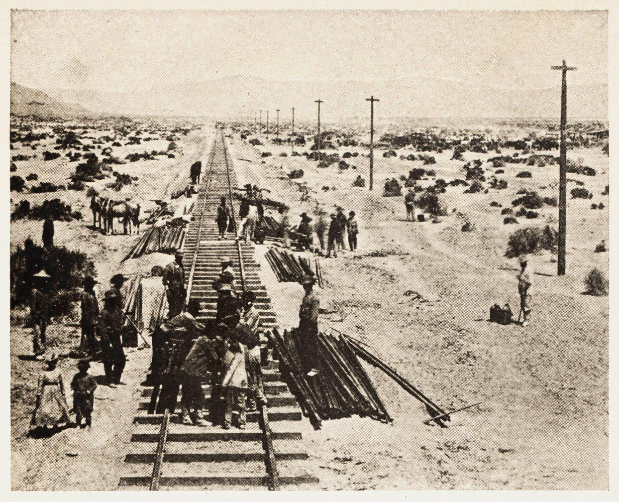 a history of transcontinental railroads